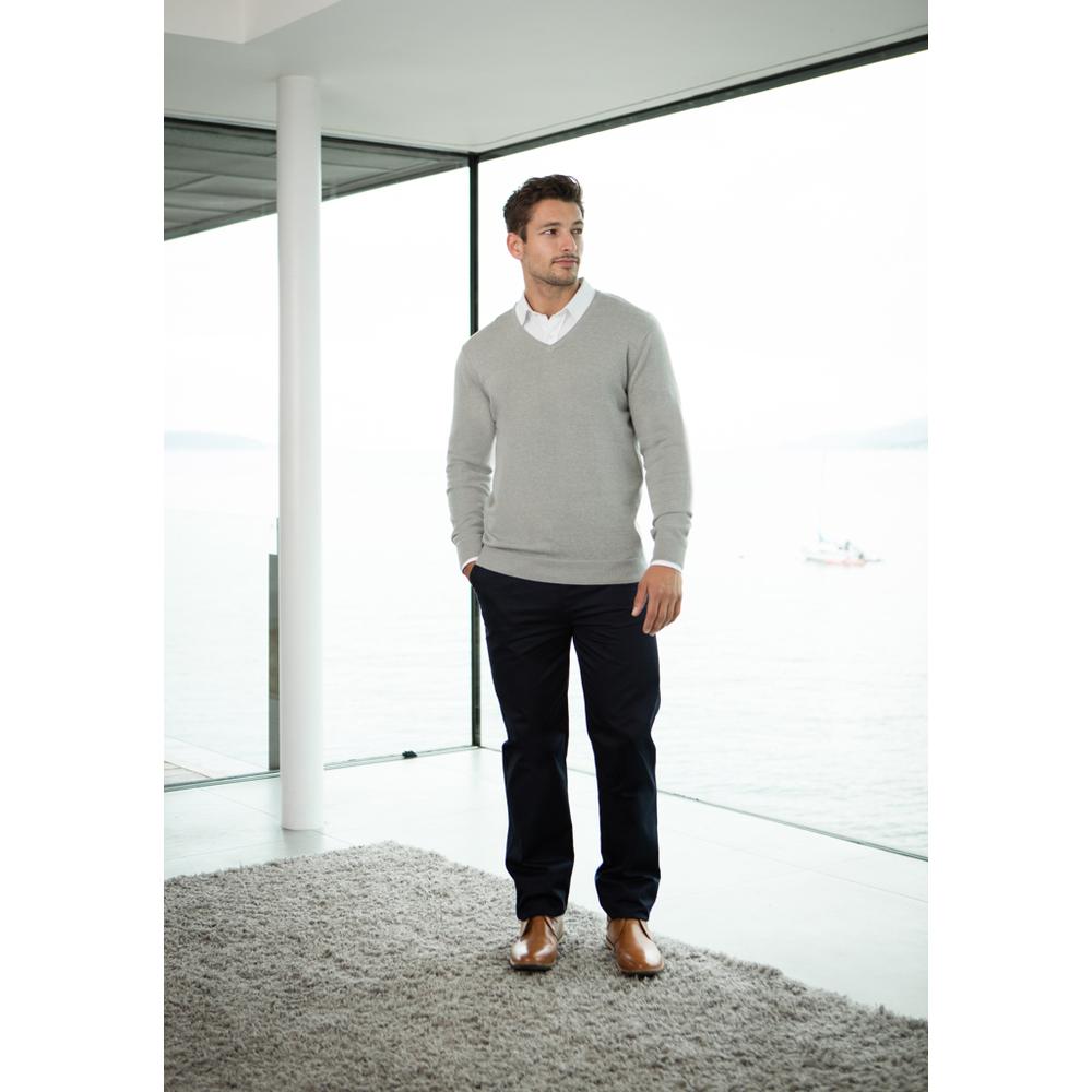 Men's lightweight V-neck jumper
