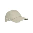 Gorra de rayas blancas