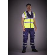 High visibility cargo trousers with knee-pad pockets